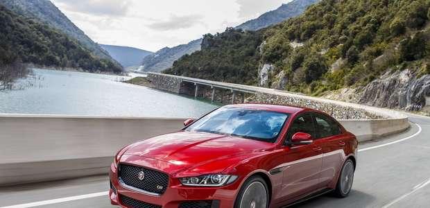 Jaguar lança no Brasil a linha 2017 do sedã XE