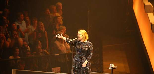 Adele y su imitador 'drag queen': un dúo memorable