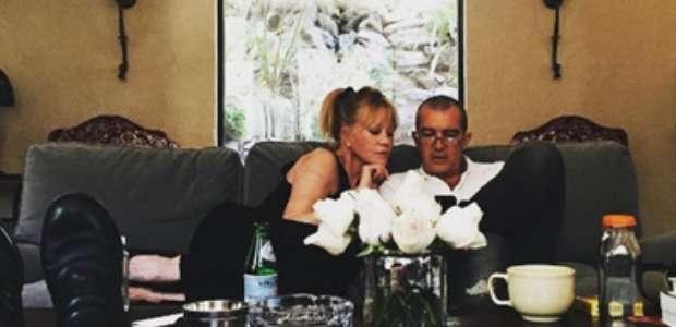 Antonio Banderas e Melanie Griffith juntinhos. Confira!