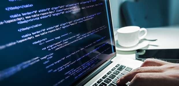 Ataque de hacker afecta a Twitter y otras páginas web
