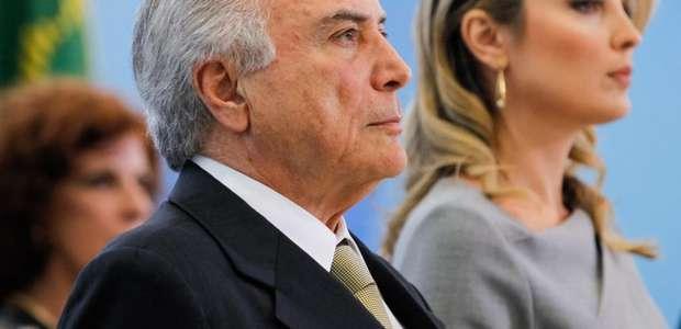 Após fala de Dilma, Temer nega fim de direitos sociais