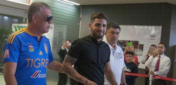 Andy Delort ya está en México para firmar con Tigres