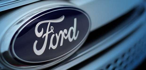 Ford llama a revisión unos 440 mil autos en EUA
