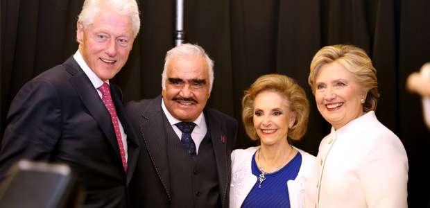 ¿Cómo fue el encuentro entre Clinton y 'Chente'? (VIDEO)