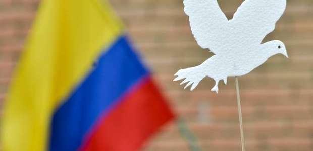 Farc: acordo para salvar processo de paz na Colômbia ...