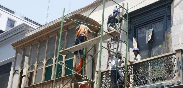 Más de 200 balcones históricos de Lima en riesgo de ...