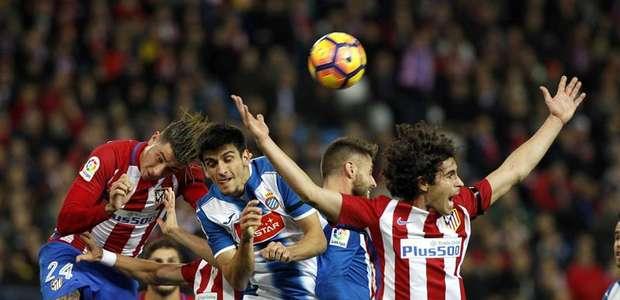 El Atlético desaprovecha el empate del 'Clásico'