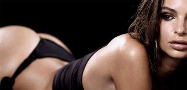 El baile sensual de Emily Ratajkowski que enciende las redes