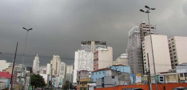Chuvas deixam áreas de São Paulo em estado de atenção