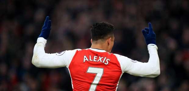 Con espectacular gol de Alexis, el Arsenal venció al Burnley