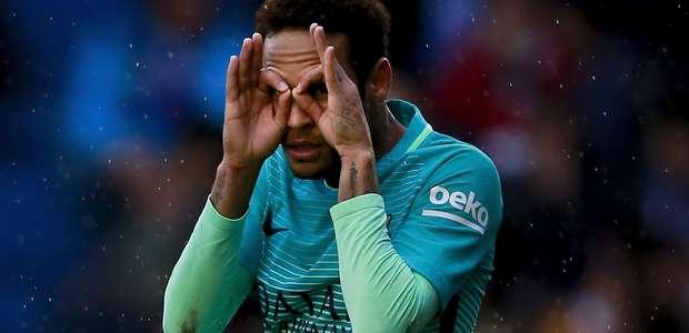 """Mourinho quer levar Neymar ao United por """"salto na carreira"""""""