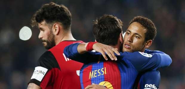 Messi marca dois e garante vitória do Barça contra Leganés