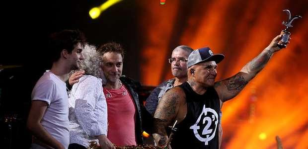Los Fabulosos Cadillacs encienden Viña en su noche inaugural