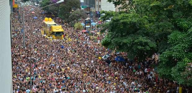 Bloco de Daniela Mercury anima o pós-Carnaval em São Paulo