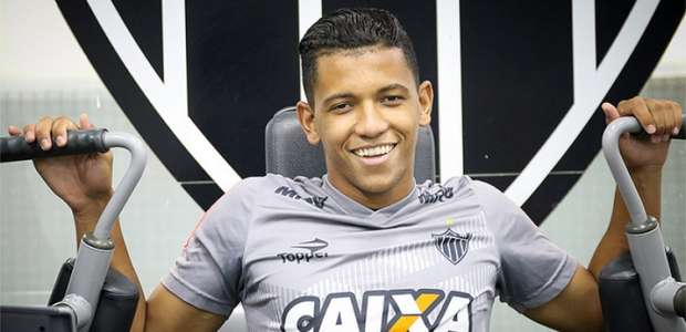 Promessa do Galo, Yago renova contrato com Atlético-MG