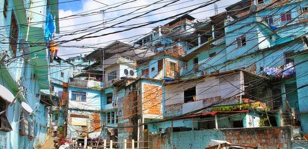 Muere turista que entró por error en una favela guiada ...