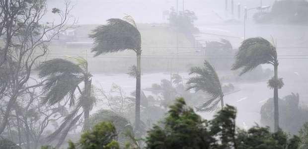 """El monstruoso ciclón """"Debbie"""" arrasa en Australia (FOTOS)"""