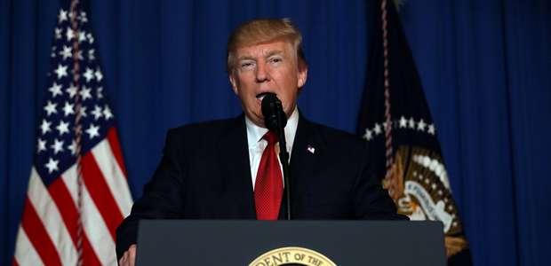 54% dos americanos desaprovam gestão de Trump, diz pesquisa