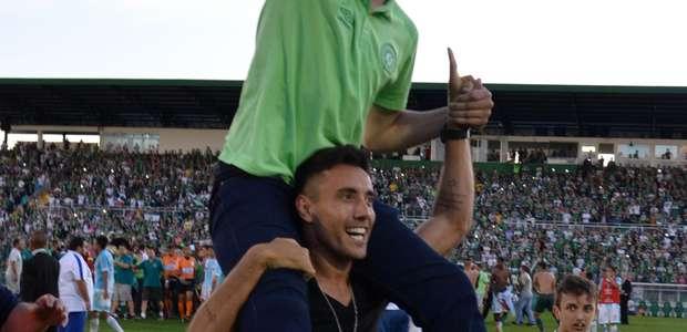 Chapecoense segura Avaí e confirma 1º título após tragédia