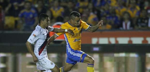 Tigres recibe a Chivas en el primer encuentro por el ...