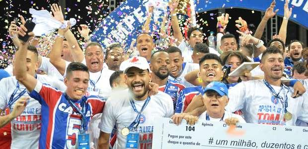 Bahia bate Sport e fatura Copa do Nordeste após 15 anos