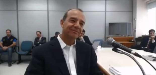 Comprimidos em excesso são achados na cela de Sérgio Cabral