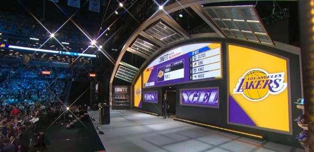 NBA: Lakers escolhe Lonzo Ball no draft da NBA