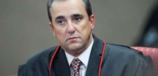 Ministro do TSE é acusado por mulher de violência doméstica