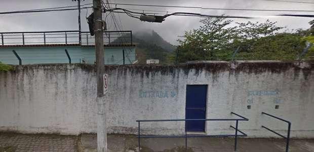 Segunda divisão do Rio expõe estádios sem condições de uso