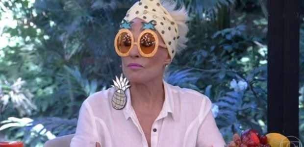 """Ana Maria Braga apresenta o """"Mais Você"""" toda de abacaxi"""