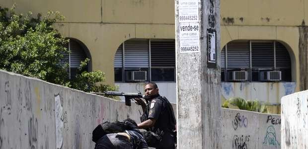 Jungmann anuncia que 700 militares farão cerco à Rocinha