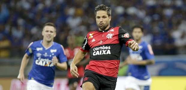 Decepção na final, Diego encara críticas e pressão no Fla
