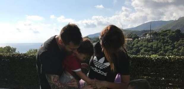 Esposa revela gravidez, e Messi será pai pela 3ª vez