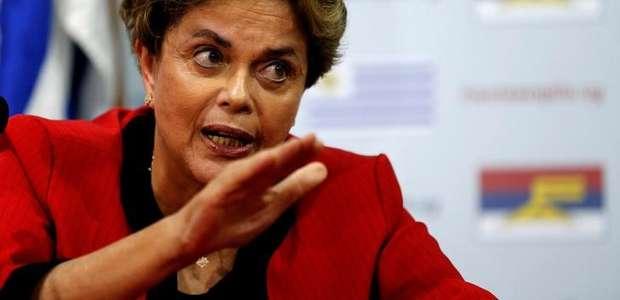"""""""É preciso perdoar quem bateu panela"""", diz Dilma"""