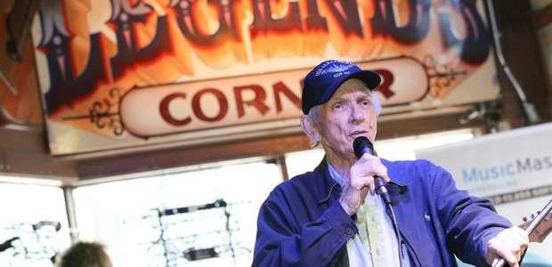 Morre aos 85 anos cantor de country Mel Tillis
