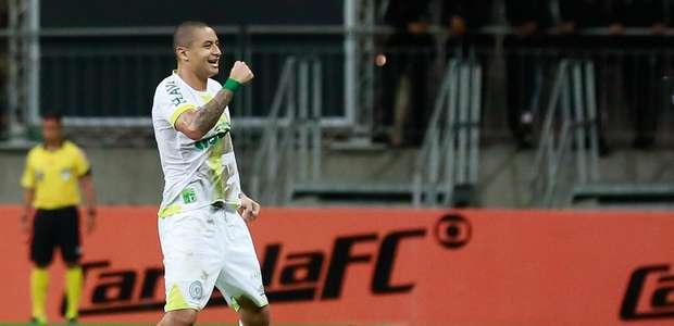 Chape supera o Bahia e mantém vivo sonho de Libertadores