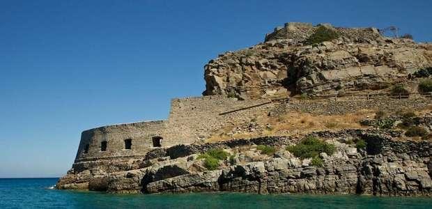 Spinalonga, a ilha grega onde leprosos eram abandonados ...