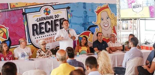 Com 1,6 milhão de foliões, Recife comemora sucesso do ...
