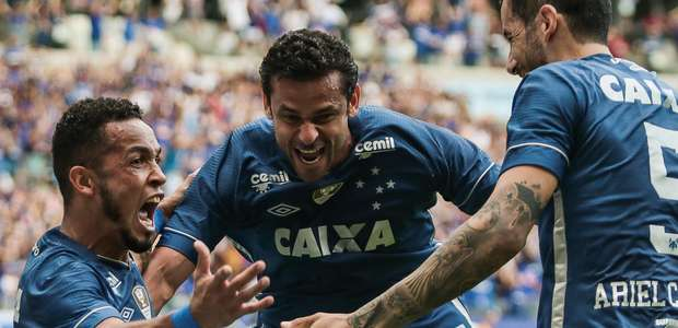 Artilheiro marca de novo e dá 5ª vitória seguida ao Cruzeiro