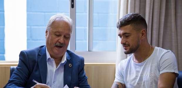 Cruzeiro amplia contrato de Arrascaeta por mais dois anos
