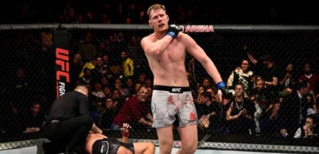 UFC: Volkov nocauteia e deixa Werdum mais longe do cinturão