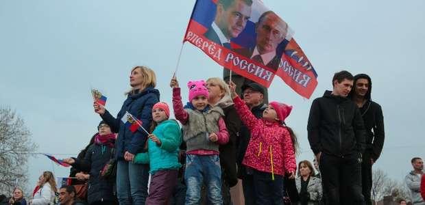 Vladimir Putin é reeleito com 73,9% dos votos, aponta ...