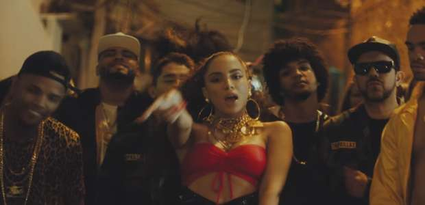 Anitta critica 'ódio gratuito' de fãs em caso de ...