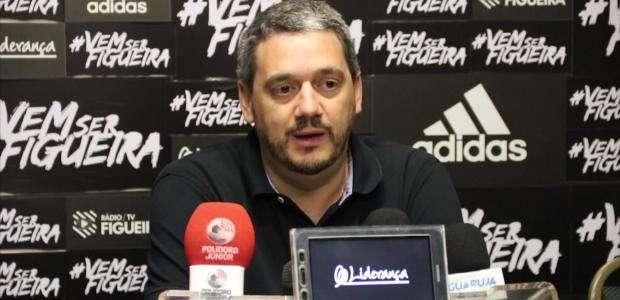 """FIGUEIRENSE: Felipe Faro sobre Juninho: """"Atacante rápido"""""""