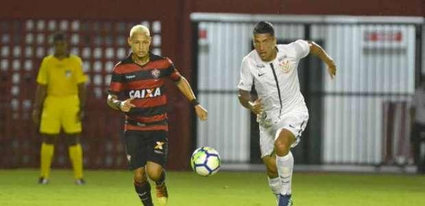 Vitória e Corinthians ficam no 0 a 0 pela Copa do Brasil