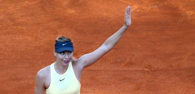 Sharapova supera Ostapenko e avança à semi em Roma