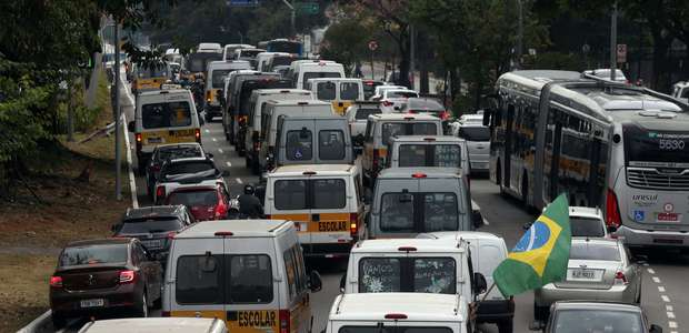 SP: ônibus terão 60% a 70% da frota; rodízio segue suspenso