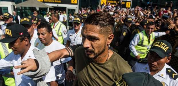 """Guerrero confirma ida à Suíça para """"reverter situação"""""""