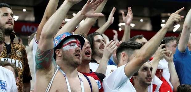 Fifa multa Inglaterra por exibição de marcas não autorizadas