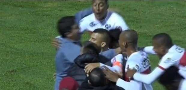 Neto Baiano decide e CRB engata a segunda vitória ...